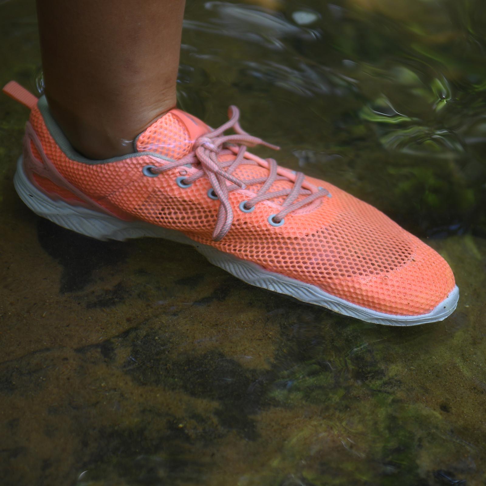 Women's Skipper Shoe Coral-large